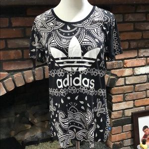 Adidas Paisley Women's Black graphic t-shirt sz m